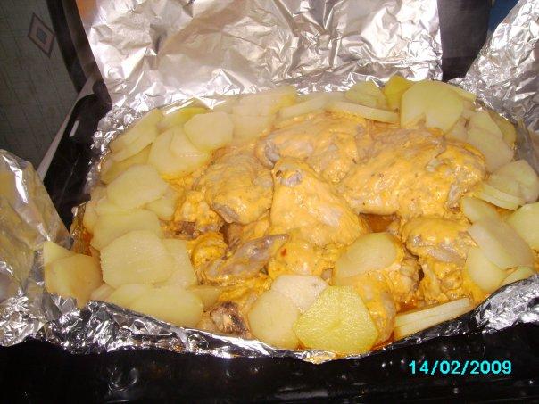 Куриные крылышки в фольге с картошкой в духовке рецепт 83