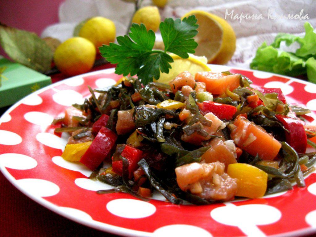 салат из морской капусты с семгой рецепт